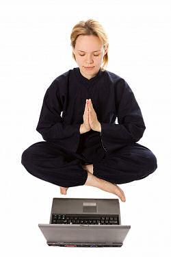 meditation-vor-dem-computer